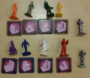 Les nouvelles figurines et talents des joueurs. Les deux figurines à droite sont celles des 2 robots